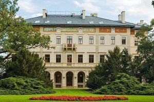 Villa-main-entrance-2